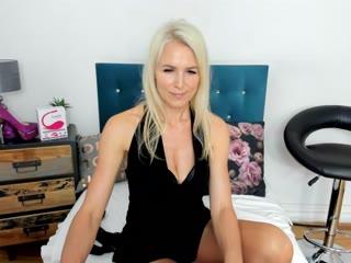 Sexcam avec 'hotnikki'