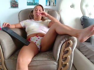 Squirtydiva - sexcam