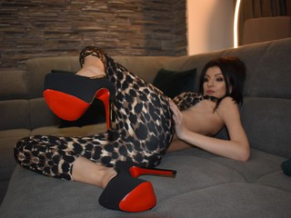 Dollcedolly - sexcam