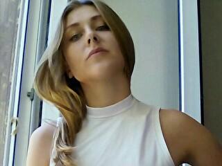 Sexy webcam show met ladycrankxi