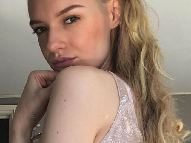 Evawet23 - sexcam