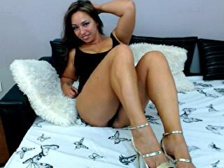 Sexcam avec 'evelyn'