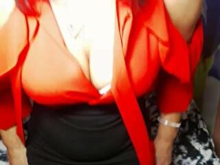 Sexcam avec 'hotcrystall'